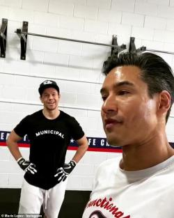 Mark Wahlberg and Mario Lopez in Lopez's Instagram workout video