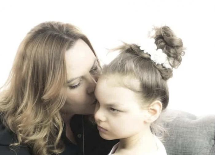Harmony CBD founder Janel Ralph and her daughter, Harmony