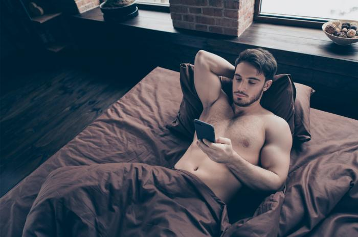 P2P: Straight Men Are Profiting from Gay Fans on 'OnlyFans'