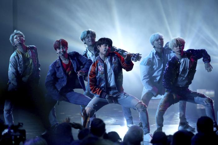 """BTS performs """"DNA"""" at the American Music Awards in Los Angeles."""