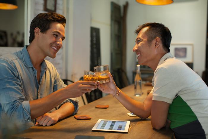 Greece: Bars Face Closure for Serving Standing Customers