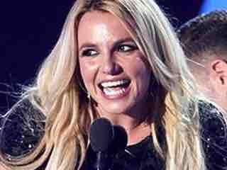 Watch: Britney Wants a Hot Nerd With Big Unit - EDGE Media Network