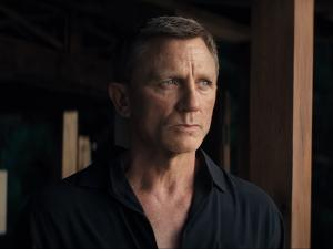 Dressing Like a Daddy in 'No Time to Die,' 007 Revises His Wardrobe